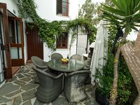 A fabulous property with owners that could not do enough for us. If in doubt book this house.
