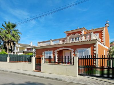 Photo for Vacation home Hijo (ALC180) in Alcúdia - 8 persons, 4 bedrooms