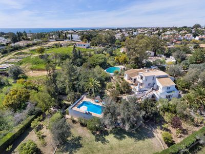 Photo for This 3-bedroom villa for up to 8 guests is located in Carvoeiro and has a private swimming pool, air
