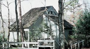 Photo for 3BR Cabin Vacation Rental in Marble Hill, Georgia