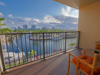 Photo for BEAUTIFUL APARTMENT WITH BALCONY TO THE WATER!!!!