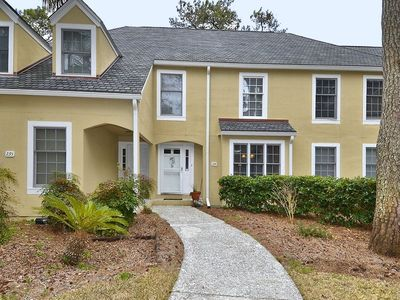 Photo for Enjoy the lagoon/golf view from this updated Evain townhouse villa featuring 2 bedrooms and 2.5 bath