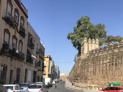 Photo for Apartment La Muralla, Sevilla Pura. Old Town Free WIFI