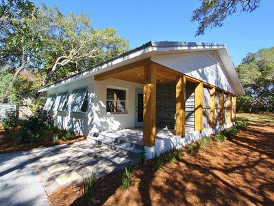 Photo for SeaSmoke, Renovated Vintage Charmer, Old Seagrove, Pet Friendly!