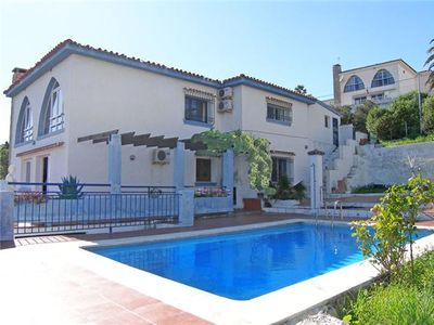 Photo for Super villa with gardens, pool & sea views, Just 1 KM from the sea and 6 KM from Estepona town