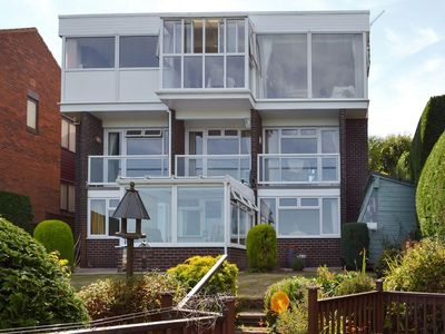 Photo for 1 bedroom property in Torquay. Pet friendly.