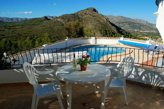 Belle villa mountain superbe valley vues tr s priv e for Piscine vallet