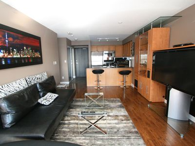 Photo for Trendy & Elegant 1 Bdrm Condo. Prime Location !! Breathtaking Lake View !!