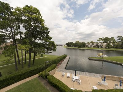 Photo for Large Waterfront Condo in Walden
