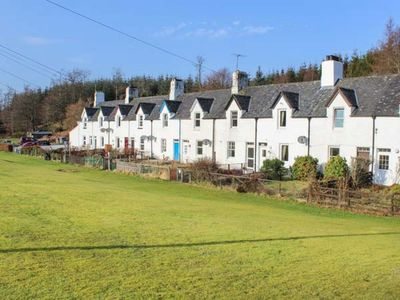Photo for Crinan Canal Cottage No8