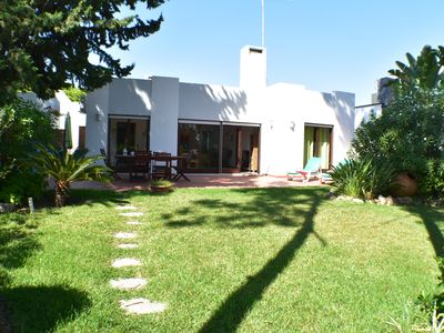 Photo for 3 Bedrooms Villa - 600m from beach