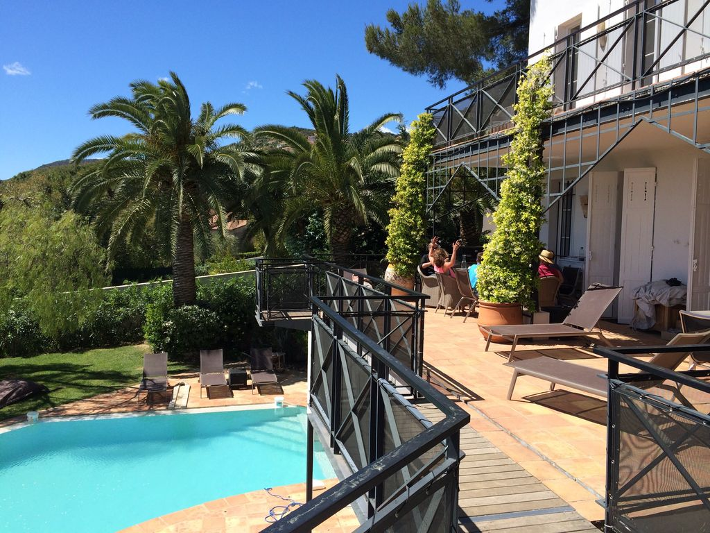 Property Image#32 Luxury 2 Bed Home In Dealu0027s Conservation Area Yards From  The Beach