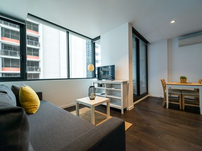 Photo for A Modern & Comfy CBD Apartment Near Southern Cross