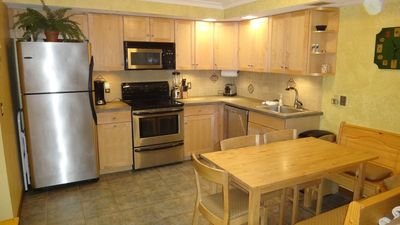 Photo for Killington Condo with 3 Flat Screen TVs, pool & tennis !