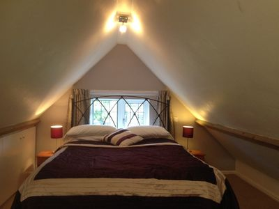 Self catering cottage king size bedroom