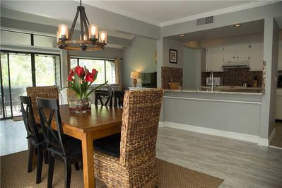 Turnberry 211 - Dining Room