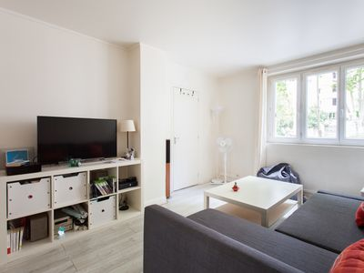 Photo for Bright apt with parking at the entrance of Paris