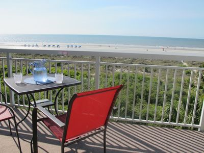 Photo for 335 BREAKERS- DIRECT OCEANFRONT*GREAT REVIEWS *KING BED*BEAUTIFUL*GREAT LOCATION