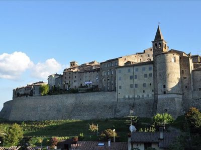 Photo for Elegant Townhome in Anghiari Centro Storico
