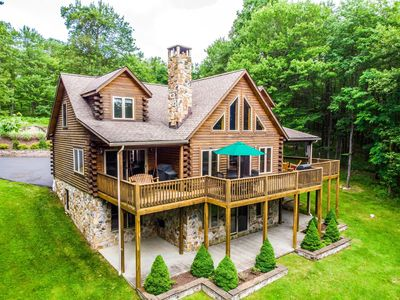 Photo for Cabernet Chalet - Log Chalet within Minutes from DCL Fun!