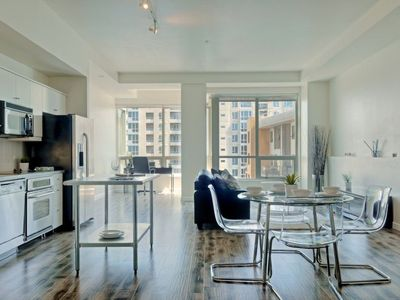 Photo for Luxury Condo 900 sq ft in San Diego Downtown Little Italy