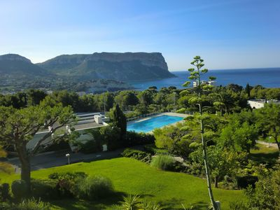 Photo for Cassis 62m2 + Balcony 10m2 in Landscape Park, Panoramic Sea View, Tennis Pool
