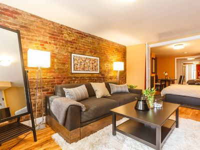 Photo for 5 Beds, 2 Ba- Central, Cozy East Village Flat! - Three Bedroom Apartment, Sleeps 10