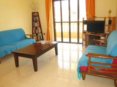 Photo for In the center of Candolim with Internet, Pool, Air conditioning, Parking (646654)