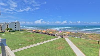 Hear the waves! 3 beachfront balconies Beautiful and fully equipped condo