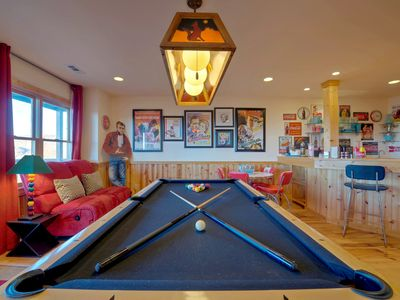 Photo for Looking for a mountaintop escape? Here! Long range views, hot tub, game room, & more! Includes a Biltmore Pass!