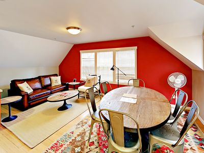 Photo for Fall Savings! The Annex: 4BR Townhome Near Bakery, Cafes, Wine Bar & Theatre