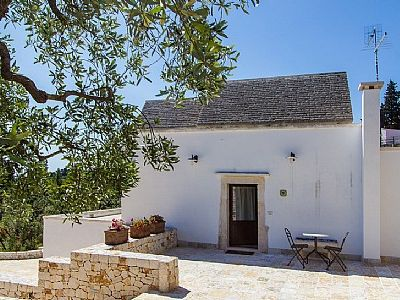 Photo for Casa Cesarina A: A welcoming apartment that is part of an ancient country house, with Free WI-FI.