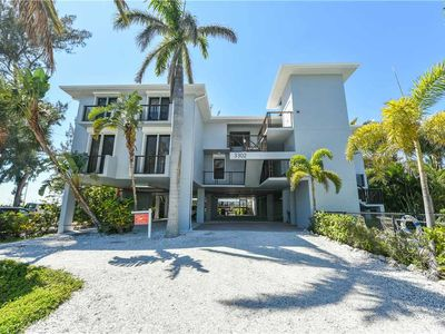 Photo for Direct Gulf Front with September Availability! The Beach Front: 3 BR/2.5 BA