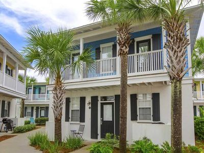 Photo for Seagrove Bungalow - Conveniently Located On 30A! Community Pool! Near The Beach!