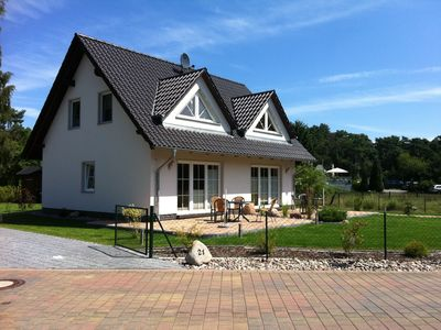 Photo for Apartment for 4 persons and separate sauna house in the garden