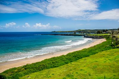Kapalua Bay Beach just walking distance from the unit