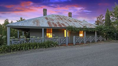 Photo for 2BR Cottage Vacation Rental in Beechworth, VIC