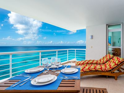 Photo for Nah Ha # 702, Beautiful Oceanfront 3 bdrm condo, North Shore, Great Snorkeling!