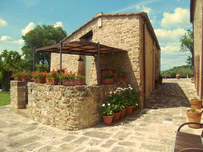 Photo for Part of  country house  with private  pool, wi-fi.  Province of  Siena.