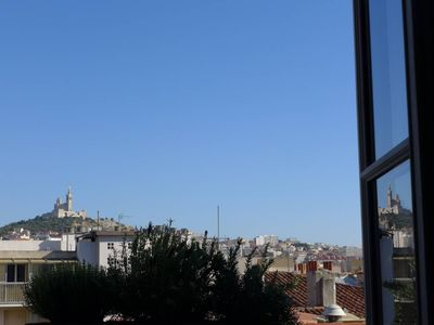 Photo for Spacious Historical appartment in Panier/Vieux Port-Central,cosy,fully equipped