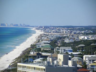 View to the West is Destin great dining also amusement for kids and adults