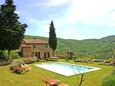 Photo for Four Bedroom Detached Villa Castiglion Fiorentino   Villa Martini is a lovely example of a Tuscan farmhouse