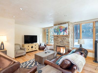 Photo for Updated & bright 3 bedroom, 2.5 bath condo close to everything. Enjoy tons of amenities and total co