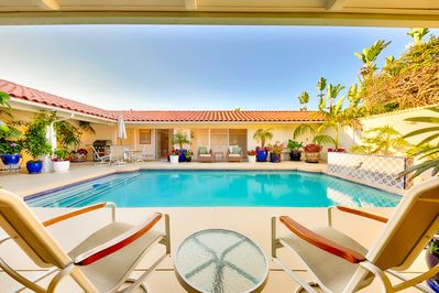 Soak in the sun in this beautiful private center courtyard.