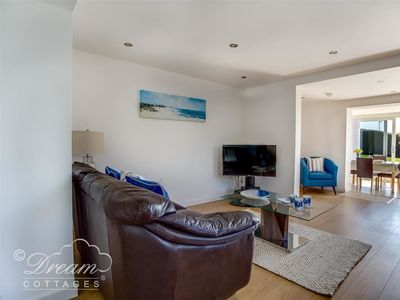 Photo for TIDES CORNER, pet friendly, with a garden in Bowleaze, Ref 994726