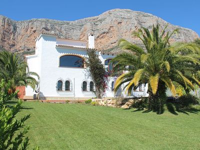Photo for 3 Bedroom Holiday Let with stunning Mountain Views