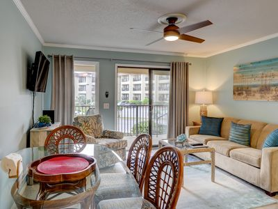 Photo for Inviting ocean view villa w/shared pool and tennis court!