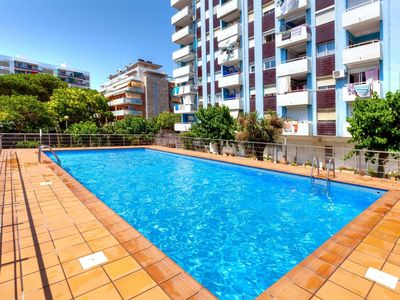 Photo for Lovely apartment for 4 guests with WIFI, pool, A/C, TV and pets allowed