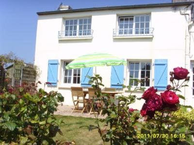 Photo for House-villa with large garden sea view available year round