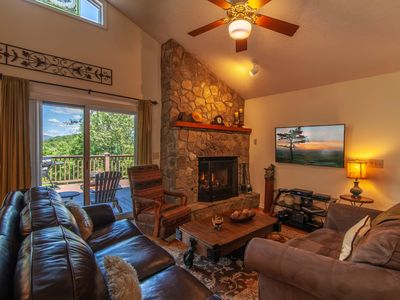 Photo for 3BR/2.5BA Mountain Cabin on Appalachian Ski Mountain, Hot Tub, Close to Blowing Rock, Foosball Table, Air Hockey, King Suite